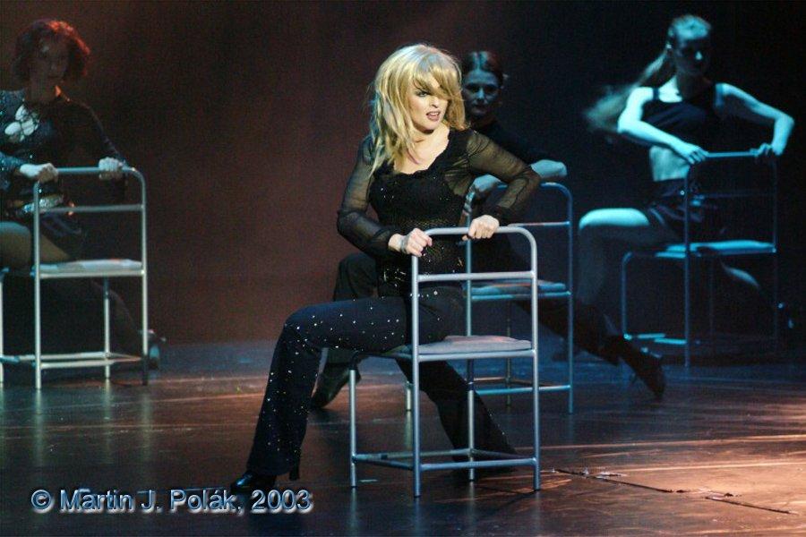 http://www.musicalnet.cz/images/Muzikaly/foto/Dracula/DSCF0657.jpg