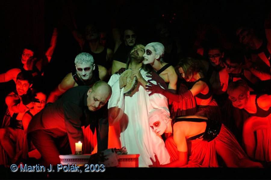 http://www.musicalnet.cz/images/Muzikaly/foto/Dracula/DSCF0933.jpg