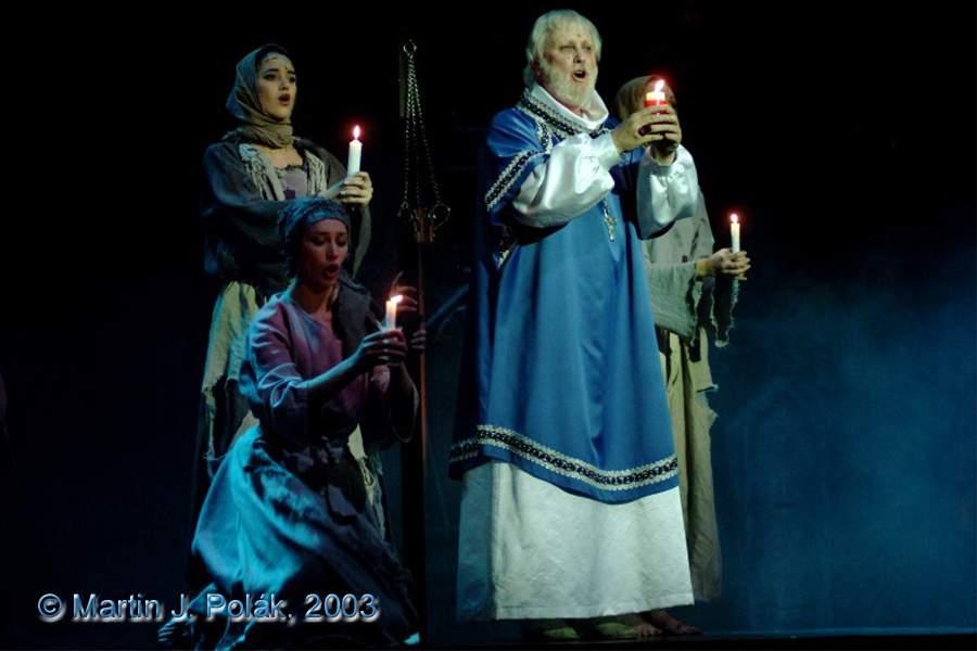 http://www.musicalnet.cz/images/Muzikaly/foto/Dracula/DSCF8212.jpg