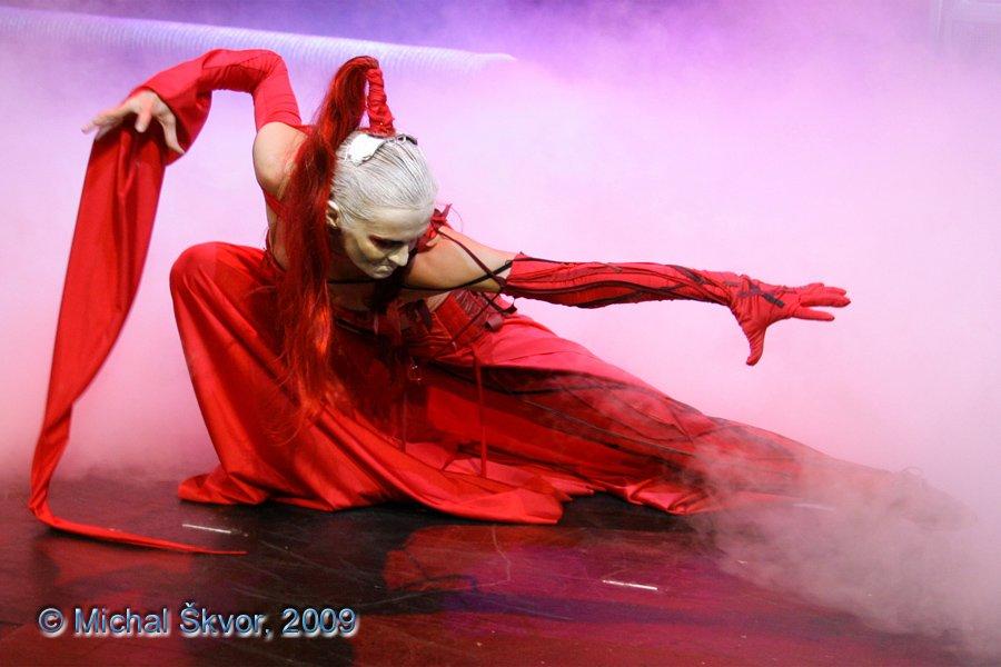 http://www.musicalnet.cz/images/Muzikaly/foto/Dracula/MS09C-002575.jpg