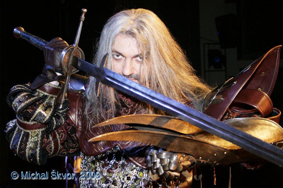http://www.musicalnet.cz/images/Muzikaly/foto/Dracula/MS09C-002910.jpg