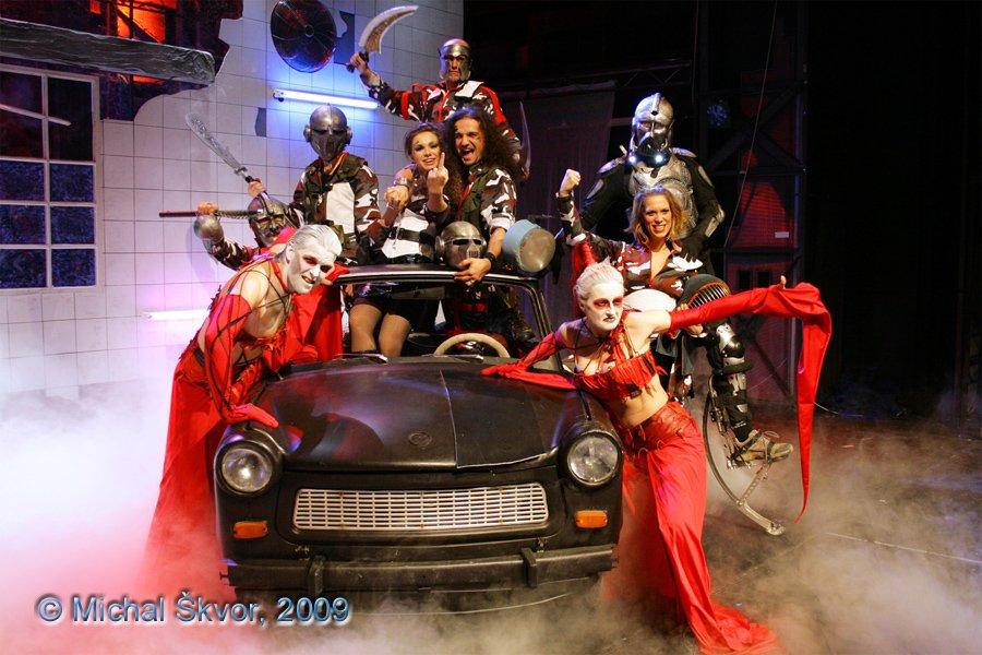 http://www.musicalnet.cz/images/Muzikaly/foto/Dracula/MS09C-003132.jpg
